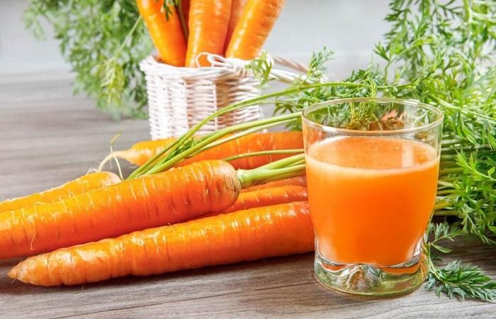 cà rốt giúp trị khô rát vùng kín