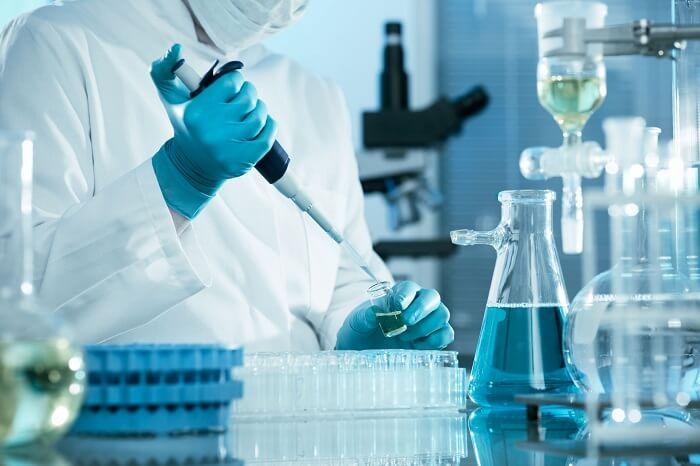 tế bào gốc điều trị khô rát vùng kín