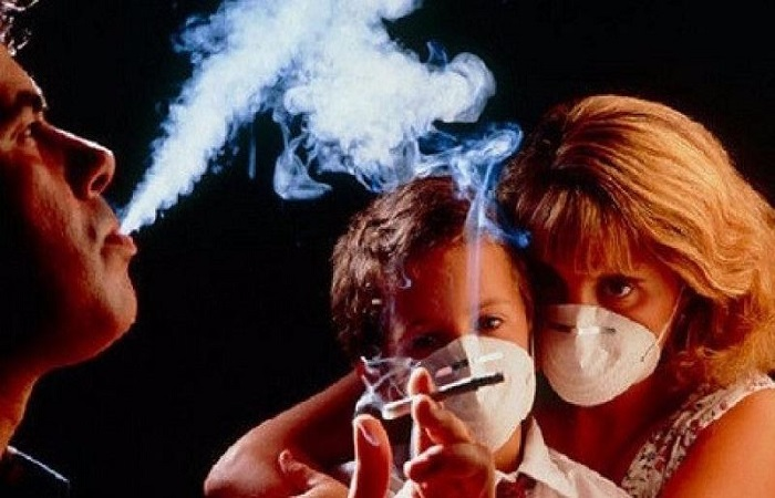trẻ em bị ảnh hưởng bởi khói thuốc