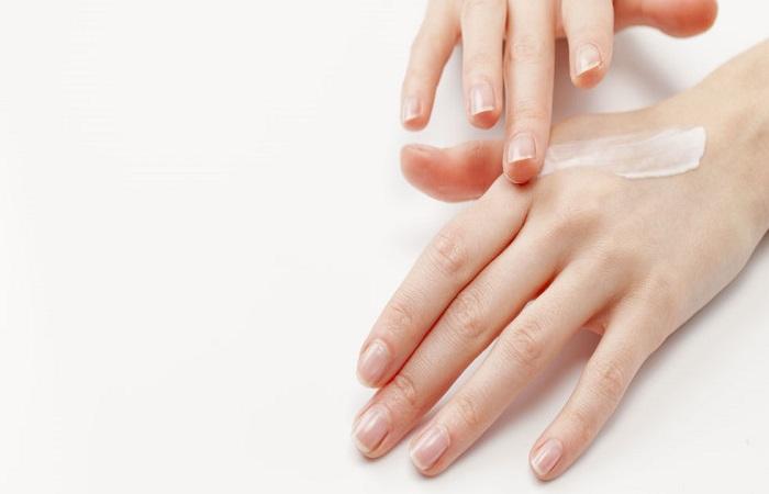 dưỡng da tay để tránh lão hóa da