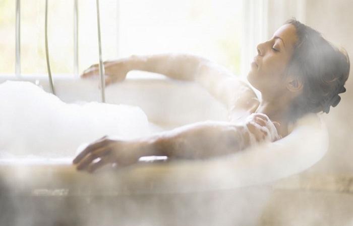 tắm nước nóng, giảm cân trong 1 tuần